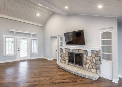 Great-Room-Looking-Toward-Door-400x284 Portfolio